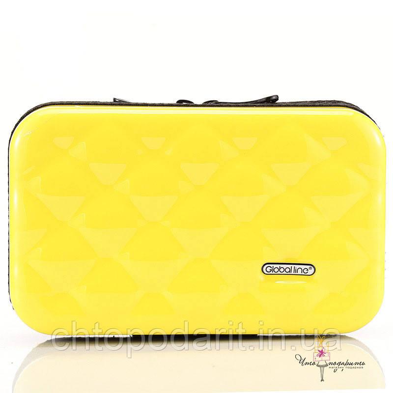 Стильный желтый кейс на каждый день