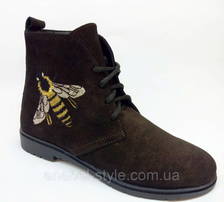 Ботинки из натуральной замши цвета шоколад на шнуровке осень-весна код 1777 AR