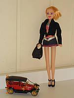 Кукла Катруся  и комплект модной одежды, сумок и обуви