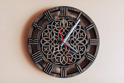 Часы настенные с кельтским орнаментом