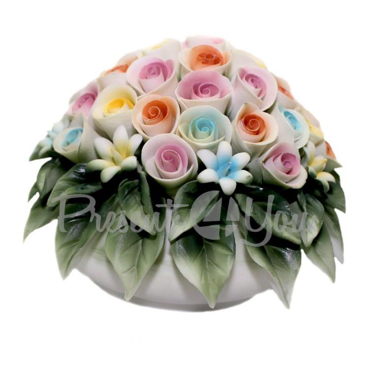 Фигурка-статуэтка из фарфора «Ваза с букетом цветов», h-11х11х11 cм