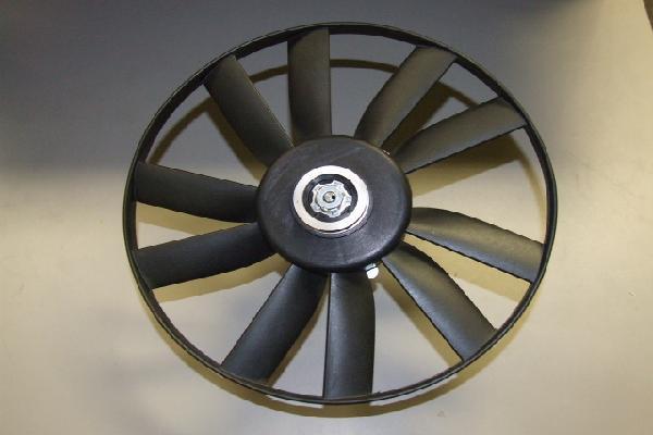 Вентилятор радиатора Volkswagen Passat B3/B4 1988-1997 (диаметр 303мм) под паразит. KEMP