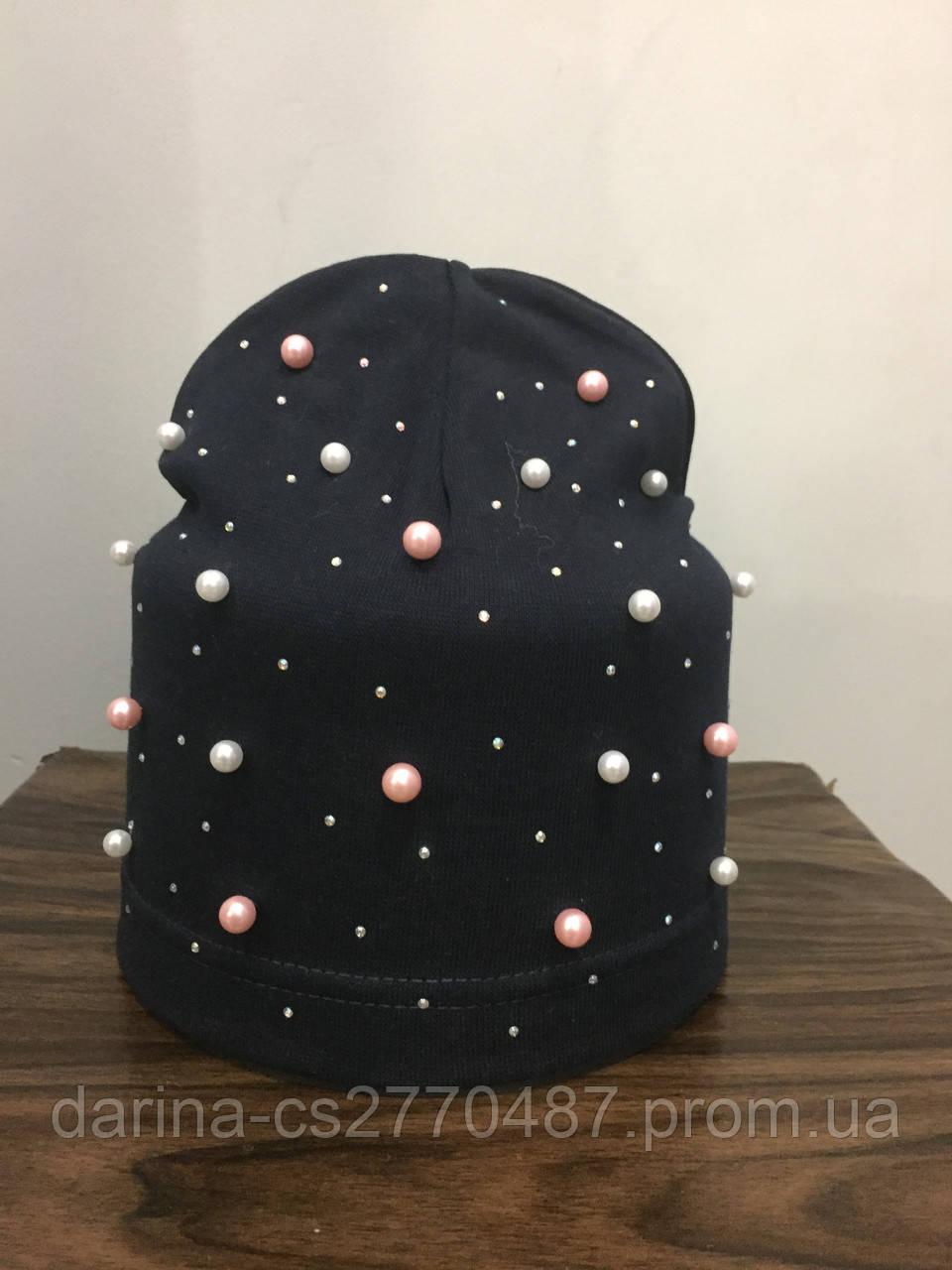 Подростковая шапка с бусинами для девочки
