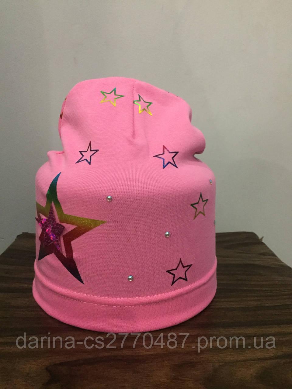 Шапка со звездой для девочки