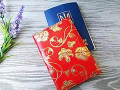 Копія Обложка на паспорт алая с желтыми цветами
