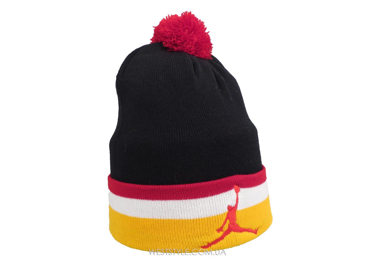 Черная шапка Jordan с бордовым помпоном (реплика)