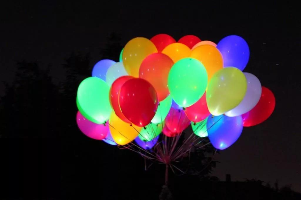 Шар светящийся разноцветный с гелием 25 см.