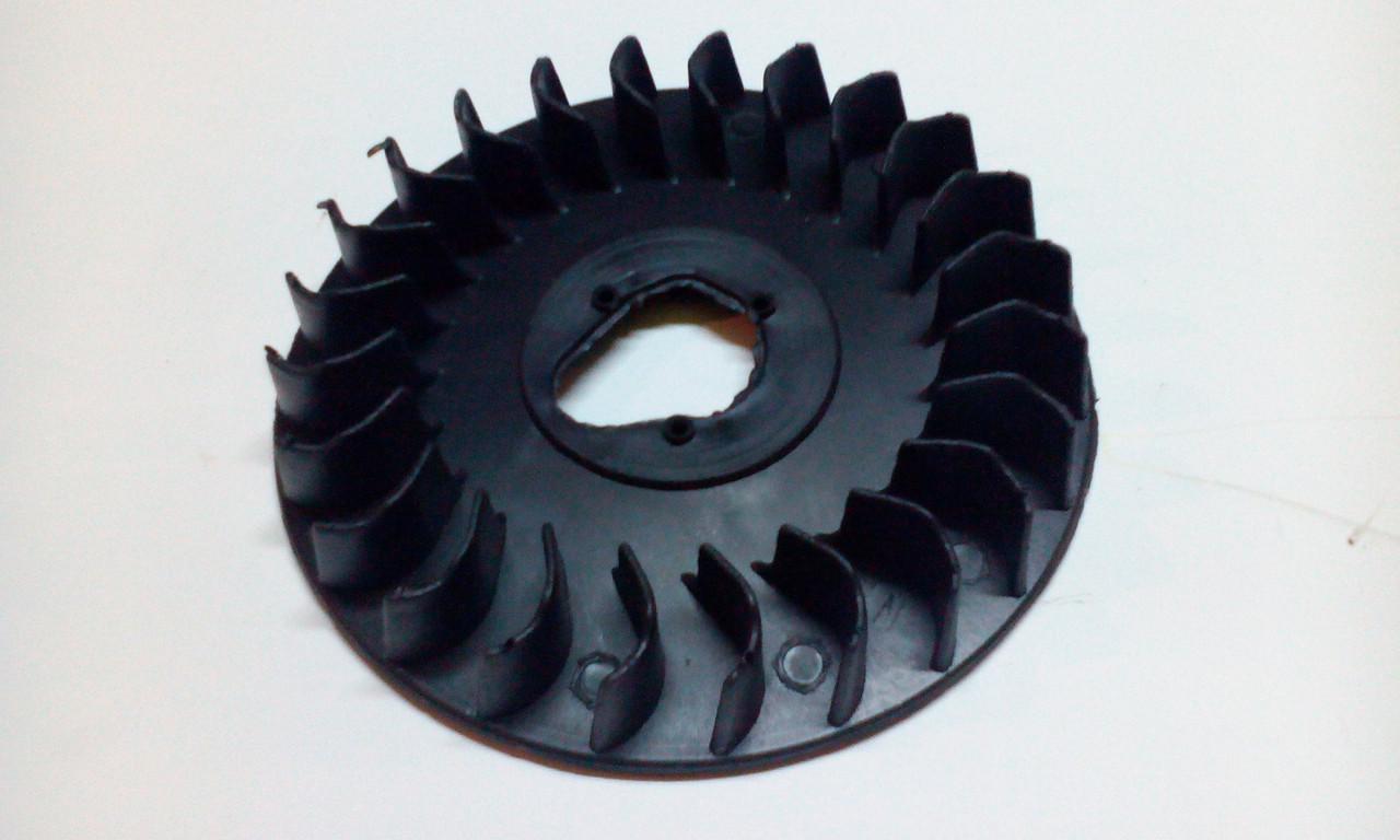 Крыльчатка охлаждения двигателя 168F