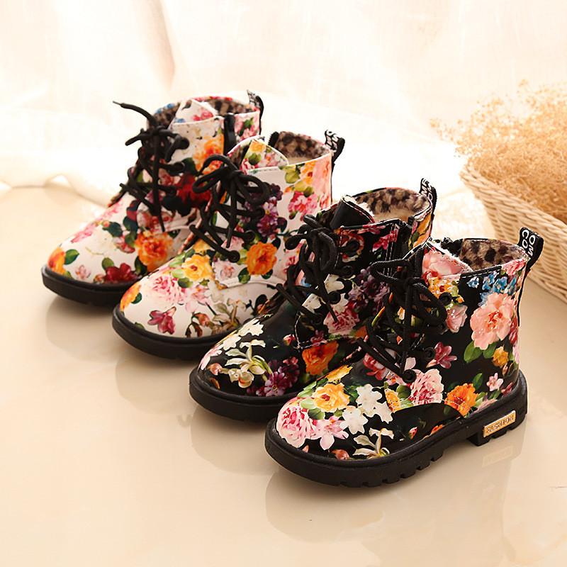 c9a8aa231 Детские ботинки на девочку с принтом - Roses - Интернет-магазин