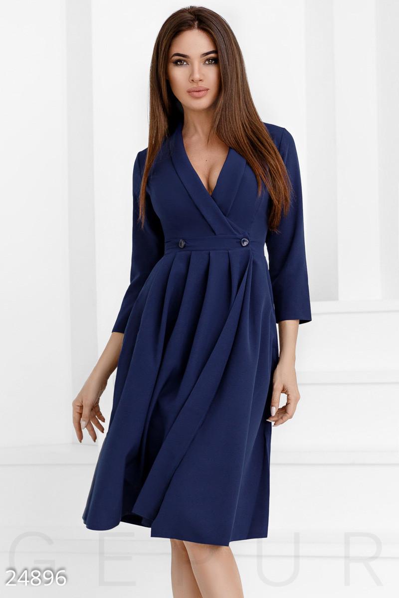 Женское изящное темно-синее платье а-силуэта