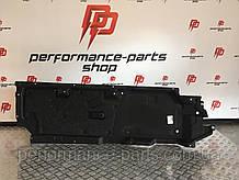 Защита днища шумоизоляция Audi Q7 4M левая 4M0825205L