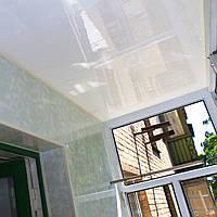 Обшивка балкона бесшовной пластиковой вагонкой