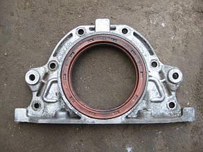 Кришка двигуна задня 3 ВАЗ 2101 2102 2103 2104 2106 2107 Нива Тайга 2121 21213