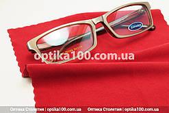 Красная салфетка для оптики. Безворсовая микрофибра