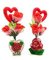Букет из роз с сердечком (22х9х5,5 см)