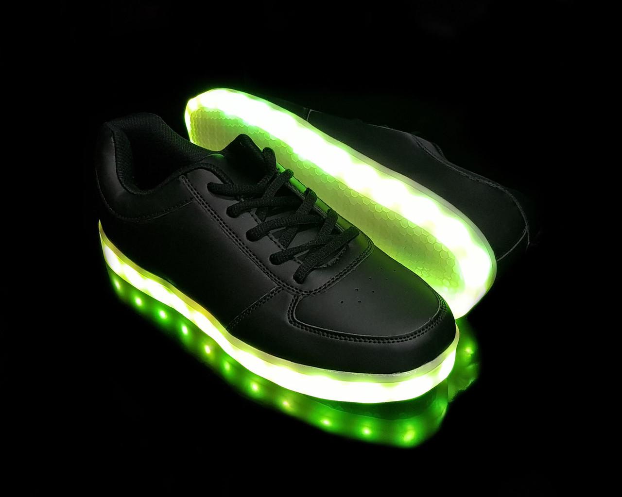Кроссовки светящиеся Black 14-10