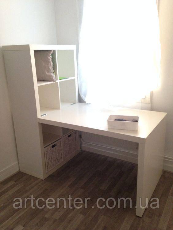 Маникюрный стол со встроенным стеллажем