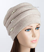 Бежевая вязаная шапка Каприз для женщин