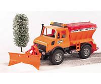 Снегоуборочный автомобиль BRUDER MB Unimog, М1:16 02572
