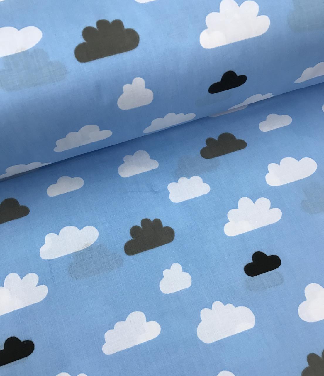 """Хлопок 50х40 см """"Облака белые и серые"""" на голубом"""