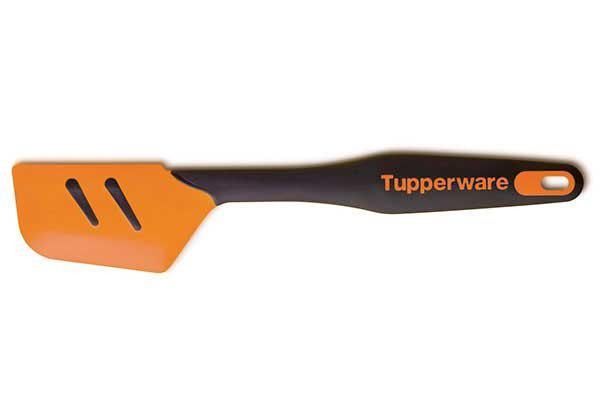 Скребок силиконовый оранжевый. Выдерживает температуру до 120 градусов.