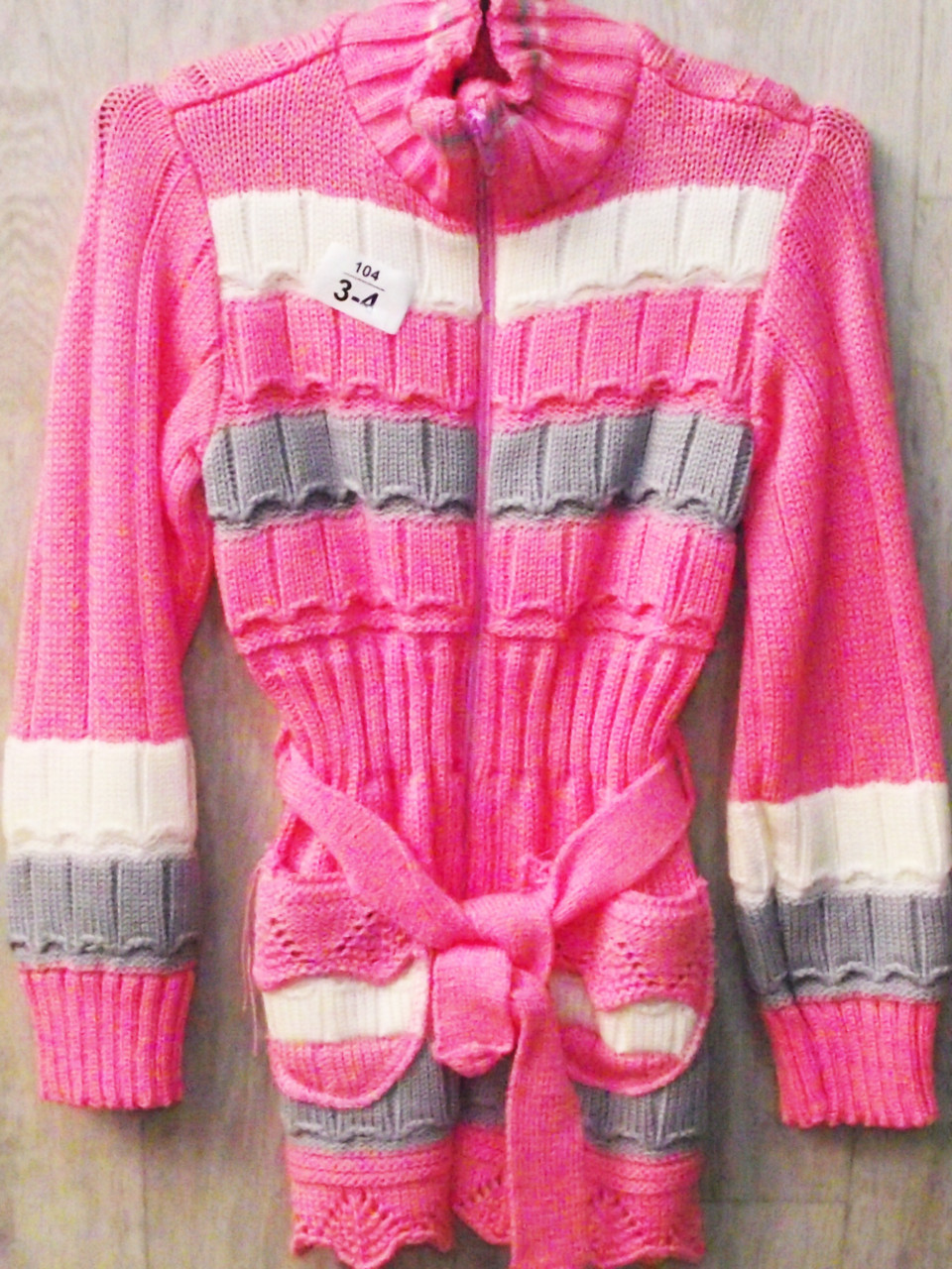Вязаная детская кофта для девочки