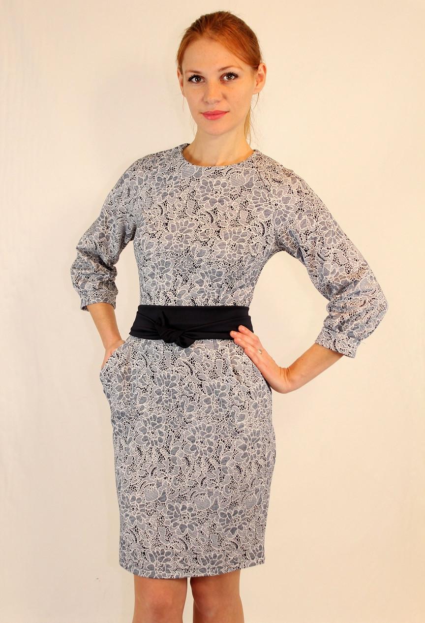 Молодежное платье с отрезной талией и поясом 42-48 р