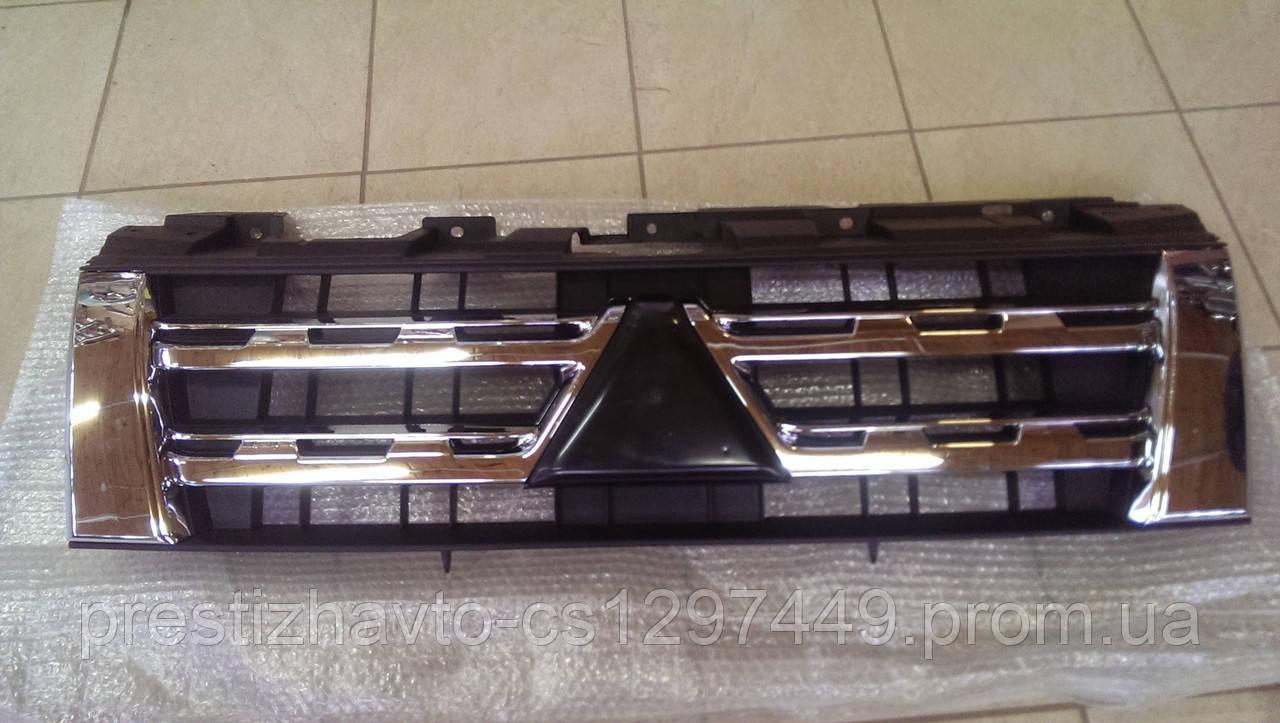 Решетка радиатора на Mitsubishi Pajero Wagon 4