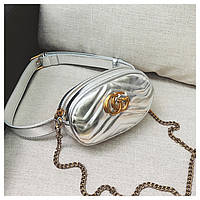 Женская сумка бананка на пояс в стиле Gucci (Гуччи) с цепочкой на плечо серебристая, фото 1