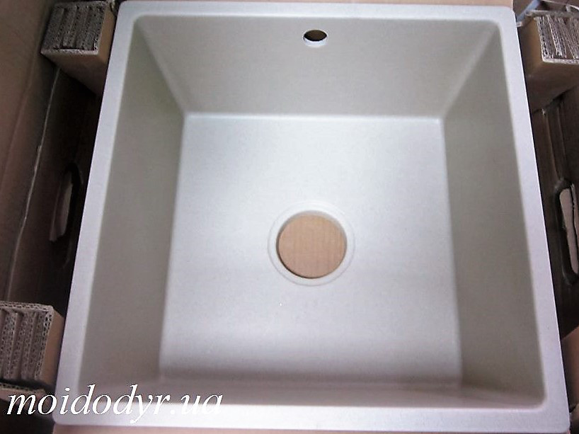 Мойка кухонная гранитная Evistone Cuve P-440 champagne
