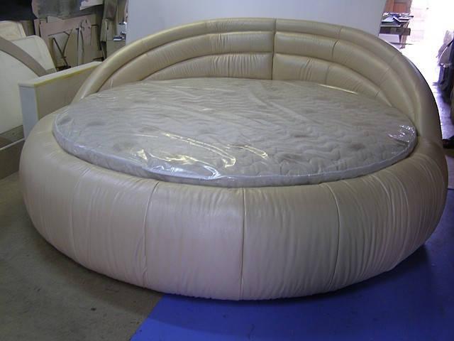 Круглые кровати от КабареМебель