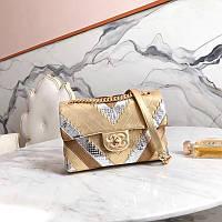 Сумка от Chanel