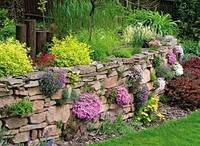 Подпорные стенки из натурального камня.