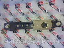 Регулятор висоти ременя безпеки Geely МК 101800912300652