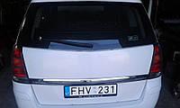 Задня кришка багажника 180325381е б/у для Опель Зафіра б, Opel Zafira В