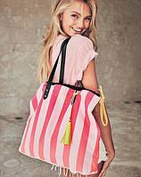 Яркая сумка  Victoria's Secret в розовую полоску