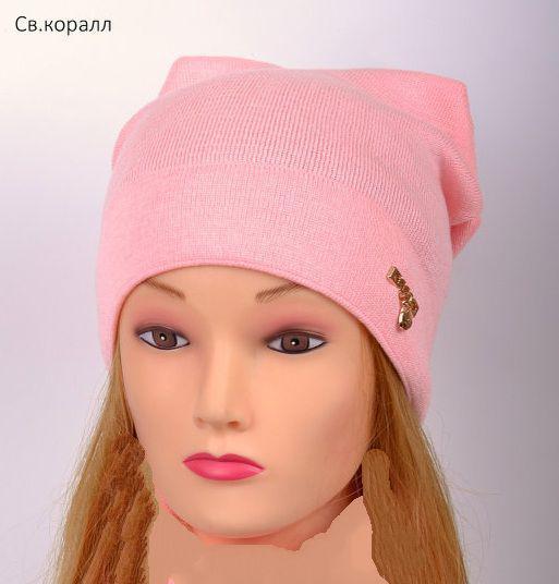 Модная весенняя шапка для девушек