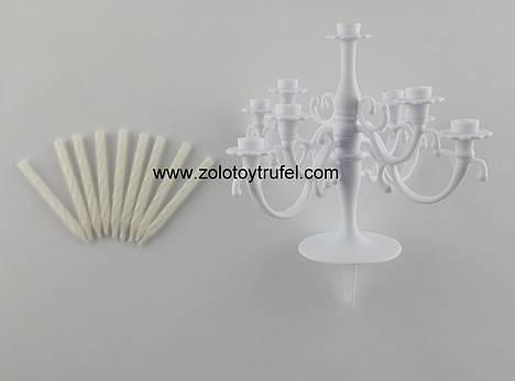 Набор свечей с пластиковым подсвечником