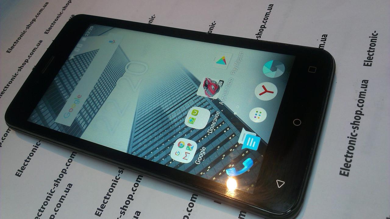 Смартфон  fly FS505 Nimbus 7 original б.у