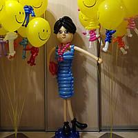 Учительница из воздушных шаров, высота 1,5 м