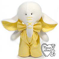 Слоник в жовтому