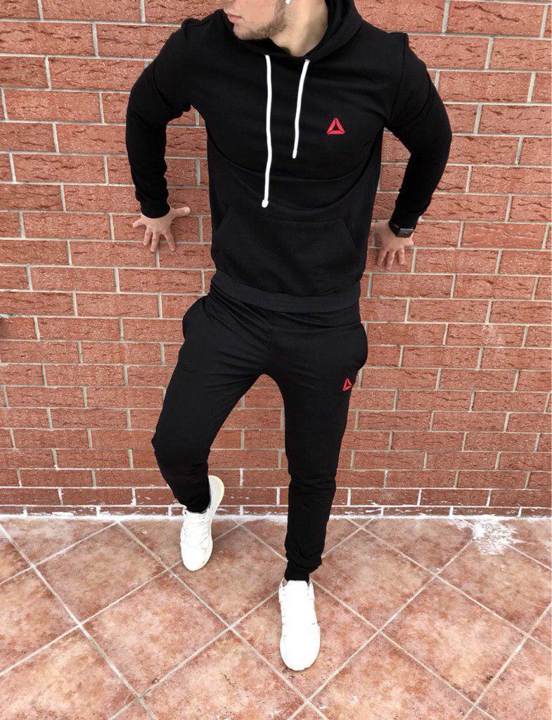 Осенний спортивный костюм Reebok black топ реплика