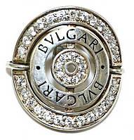 Серебряное кольцо  Камни: белый циркон. Диаметр кольца: 2,7 мм.Есть только: 18 р.