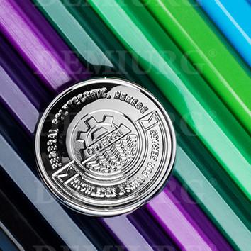 Значок штампованный с логотипом
