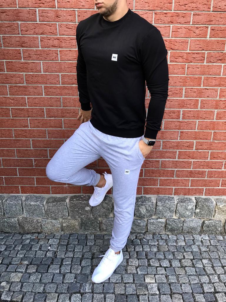 Спортивный осенний костюм черно-серый без капюшона