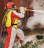Защитный костюм и маска пескоструйщика