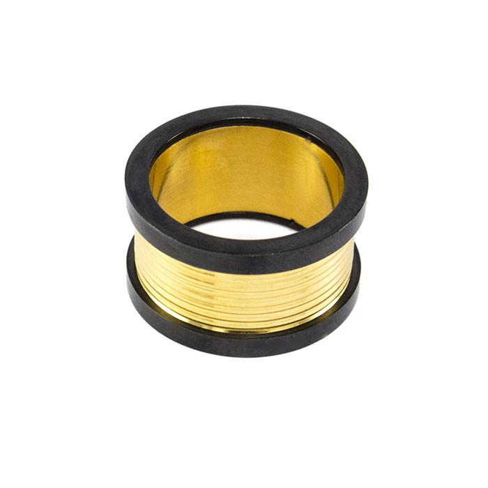 Кольцо из стали золотистое с черными краями Арт. RNM010SL (20)