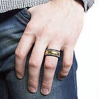 Кольцо из стали с золотистой полосой и цепочками Арт. RNM017SL (21), фото 2