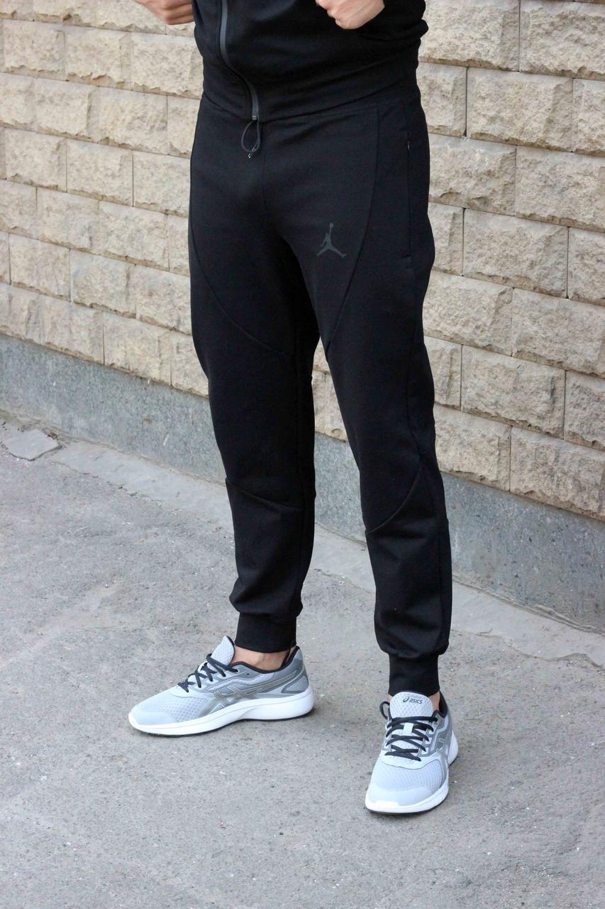 Молодежные трикотажные черные спортивные штаны Jordan  на манжете 50, 52 размер (Реплика)