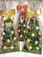 Новогодняя елка 30 см из конфет киев вечерний№18